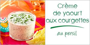 Crème de yaourt aux courgettes, ail et persil